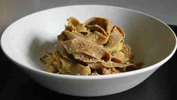 Fettuccine fatte in casa con ketoflour farina chetogenica.
